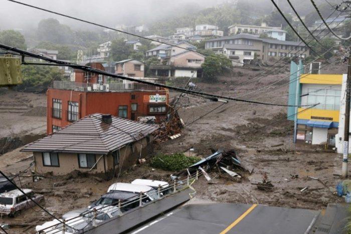 Deslizamiento de tierras en Japón por fuertes lluvias